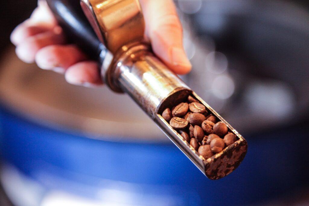 コーヒー豆の「エイジング」とは。焙煎後何日目がベスト?