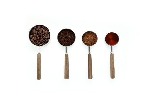 【コーヒー豆の挽き方】最適な粗さや銘柄との相性は?